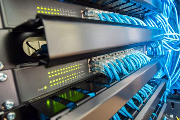 Jasa-Instalasi-Kabel-Jaringan-LAN-dan-Fiber-Optic-Profesional-Mabruka.jpg